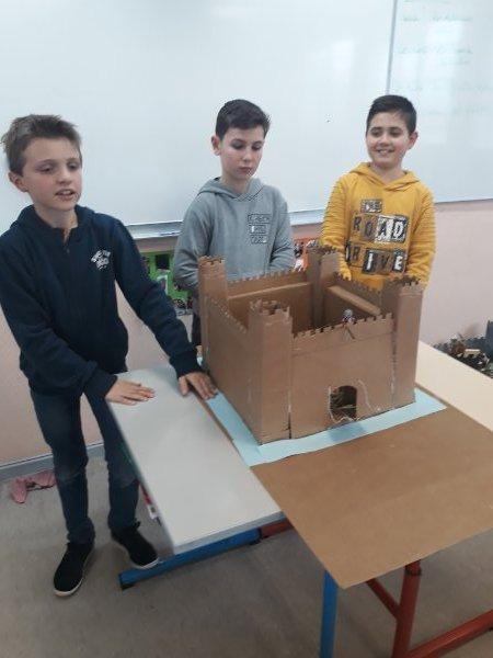 maquette-chc3a2teau-20